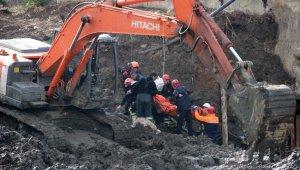 Kocaeli'de göçük altında kalan işçinin cansız bedenine ulaşıldı