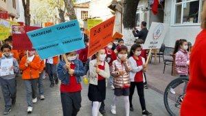 Lösemili çocuklar için yürüdüler - Bursa Haberleri