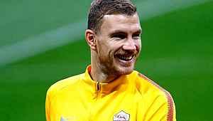 Manchester United, Edin Dzeko'yu transfer etmek istiyor