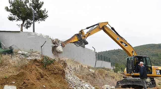 O villada yıkım başladı - Bursa Haberleri