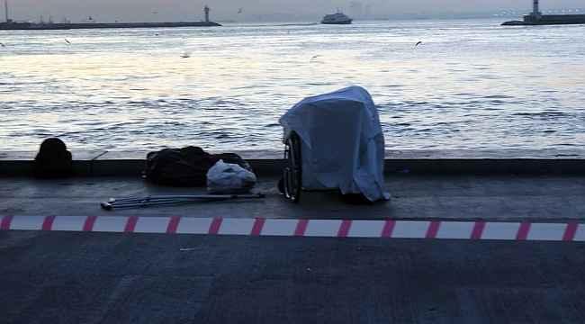 Sahilde engelli sandalyesinde denizi izlerken hayatını kaybetti