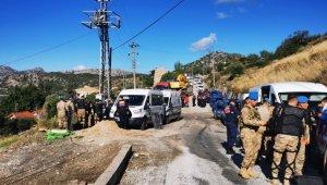 Söğüt'te yıkım ertelendi, ekipler Bozburun'a yöneldi