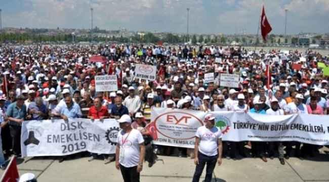 Son Dakika Haber: Cumhurbaşkanı Erdoğan'dan EYT tartışmalarına son noktayı koydu!