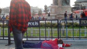 Taksim Meydanı'nda yürek burkan görüntü