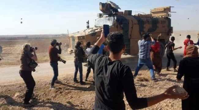 Terör örgütü yandaşları, devriye sırasında Türk askerine saldırdı