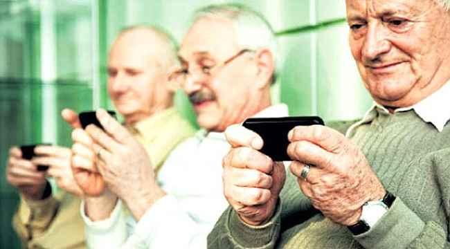 Türkiye'deki yaşlı nüfus, sosyal medya kullanım konusunda Avrupalı yaşıtlarını solladı