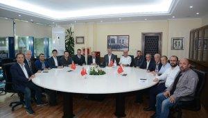 Yeni Başkan Ülker'den Karacabey Belediyespor'a ziyaret - Bursa Haberleri