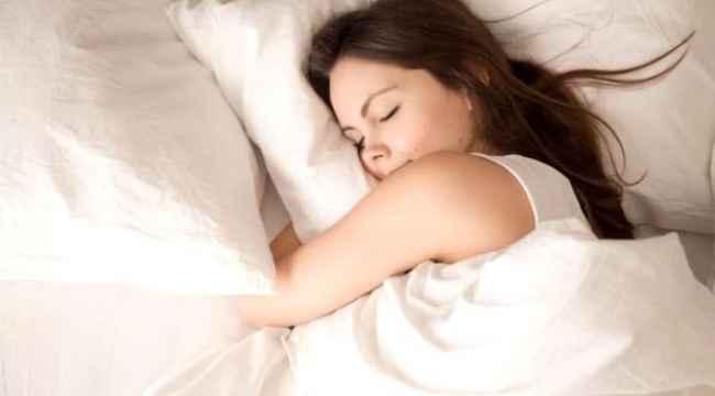 8 bin lira maaşla her gün 9 saat uyuyacak kişiler aranıyor