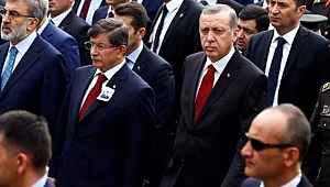 Ahmet Davutoğlu'ndan, İstanbul Şehir Üniversitesi olayında Cumhurbaşkanı Erdoğan'ın sert eleştirisine yanıt!