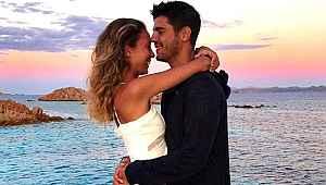 Alvaro Morata eşinin kalçasını ısırdı