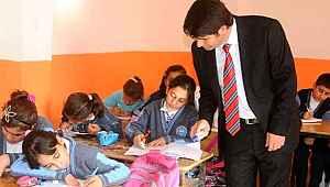 Bakan Selçuk'tan atama bekleyen öğretmenlere umut olacak açıklama