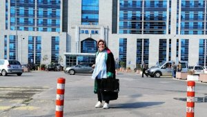 'Bu dava benim için çerez' diyerek 100 bin lira dolandıran sahte kadın avukat tutuklandı
