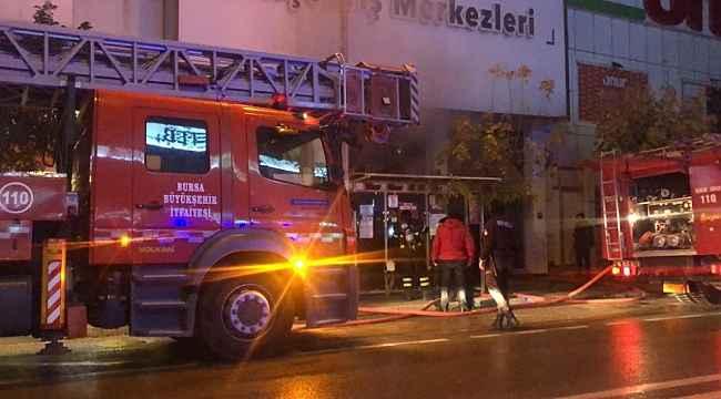 Bursa'da AVM'de yangın - Bursa Haberleri