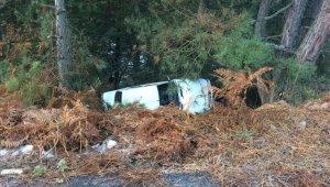Buzlanan yolda kayan araç şarampole yuvarlandı - Bursa Haberleri