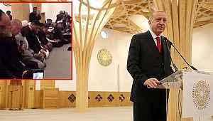 Cumhurbaşkanı Erdoğan, Cambridge Camisi'nde Kur'an-ı Kerim okudu
