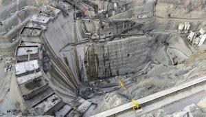 Dev projenin sadece gövdesine 2.2 milyon metreküp beton döküldü