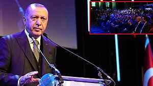 Erdoğan'ın sözleri salonu ayağa kaldırdı! Alkış tufanı koptu.