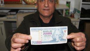Eski 250 bin lirayı bugünkü 250 bin liraya satmak istiyor