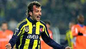 Eski Fenerbahçeli isim futbolu bıraktığını açıkladı