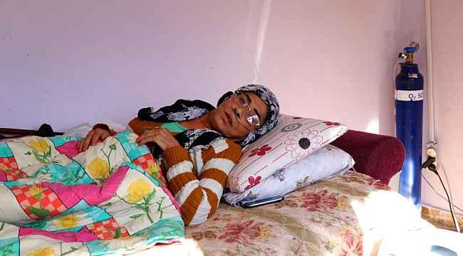Evinin suyu kesilen KOAH hastası kadının gözyaşları