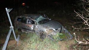 Feci kaza: Otomobil köprüden uçtu: 3 yaralı