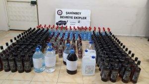 Gaziantep'te 204 şişe kaçak alkol ele geçirildi