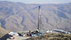 Günde 700 varil ham petrol çıkarılıyor