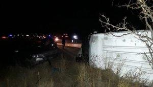 İşçi servisi ile otomobille çarpıştı: 2'si ağır, 16 yaralı