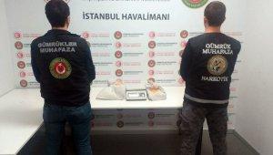 İstanbul Havalimanı'nda 1 buçuk milyonluk kokain operasyonu