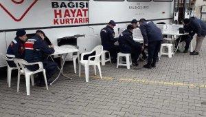Jandarmadan Kızılay'a kan bağışı - Bursa Haberleri