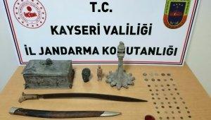 Jandarmadan tarihi eser kılıç operasyonu