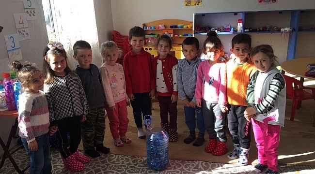 Köy okulunda ana okulu öğrencileri engeliler için kapak topluyor - Bursa Haberleri