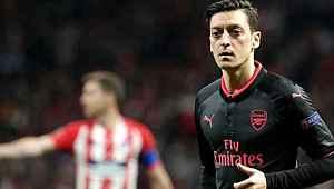 Mesut'un Doğu Türkistan paylaşımı sonrası Alman kulübü, Çin ile sportif ilişkilerini kesti