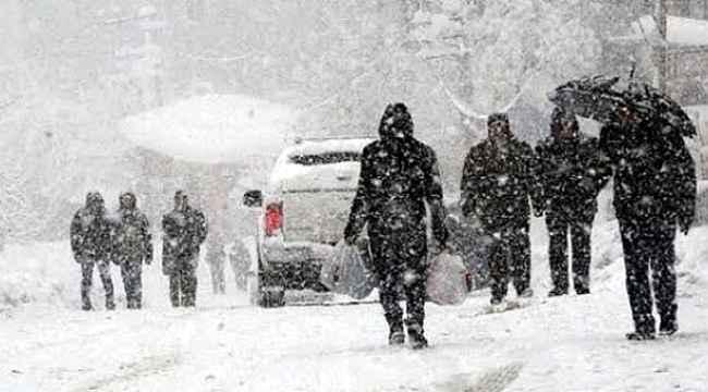 Meteoroloji'den peş peşe kar yağışı uyarısı geldi! İstanbul, Bursa, Ankara'ya kar geliyor!