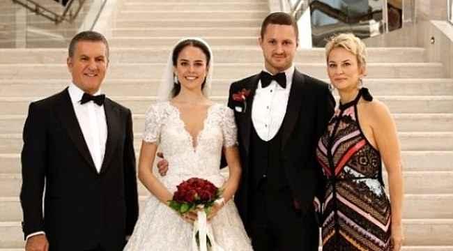Mustafa Sarıgül'ün oğlunu evlendirdi, düğüne katılan Ak Parti'nin iki ağır ismi dikkat çekti!