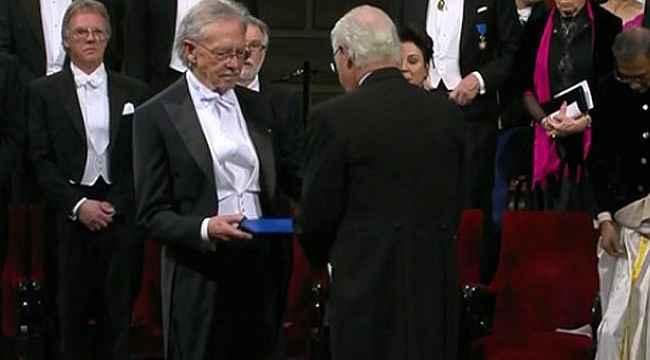 Ortalığı ayağı kaldıran ödül! Soykırım destekçisi yazar Peter Handke Nobel Ödülü'nü aldı
