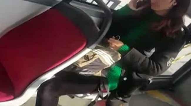 Otobüste yolcu ile şoför arasında araçtan inme tartışması