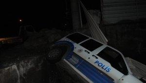 Polis otosu kovaladığı şüpheli araçla çarpıştı: 2'si polis 3 yaralı