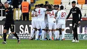 Sivasspor, zirvedeki yerini korudu