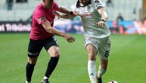 Tayfur Havutçu ilk maçında Beşiktaş'a karşı