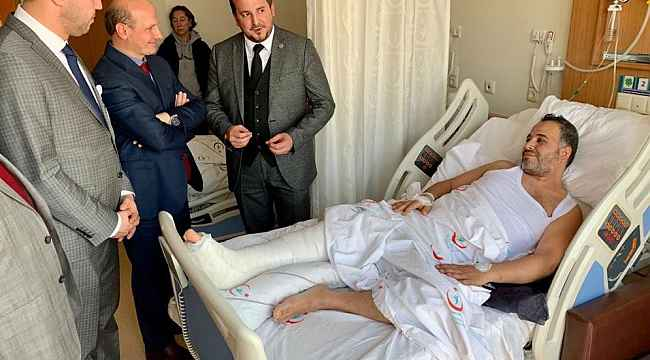 Trafik kazası geçiren Bursaspor taraftarına vekil ziyareti - Bursa Haberleri