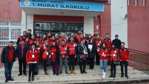 Türk Kızılay Bursa'dan Kelesli öğrencilere anlamlı sürpriz - Bursa Haberleri