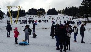 Uludağ'da hafta sonu adım atacak yer kalmadı - Bursa Haberleri