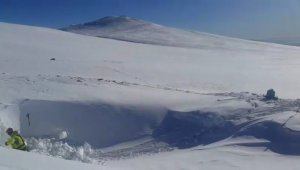 Uludağ'da kayıp iki dağcının sığınabileceği mağarada kazı çalışması başlatıldı - Bursa Haberleri
