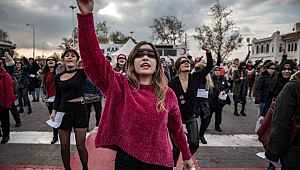 Valilik, kadın eylemi sonrası gözaltılarla ilgili açıklama yaptı