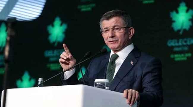 Yeni parti kuran Davuoğlu ve Ali Babacan'a ilk tebrik telefonu