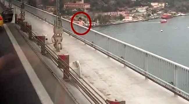 15 Temmuz Şehitler Köprüsü'ndeki intihar anı kamerada