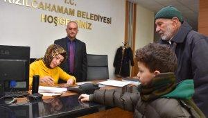 9 yaşındaki çocuk cebindeki son 20 TL'yi depremzedelere bağışladı