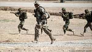 ABD üslerinin vurulması 2 ülkeyi korkuttu! Irak'ta eğitim faaliyetlerini durdurdular