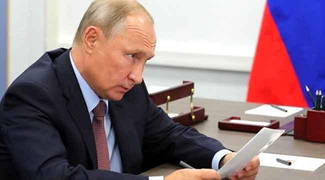 Ajanslar son dakika geçti... Rusya'da hükümet istifa etti